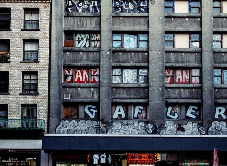 Сгради и забележителности-Фототапет Фасада на сграда