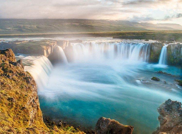 Пейзажи и природа-Фототапет Исландски водопад