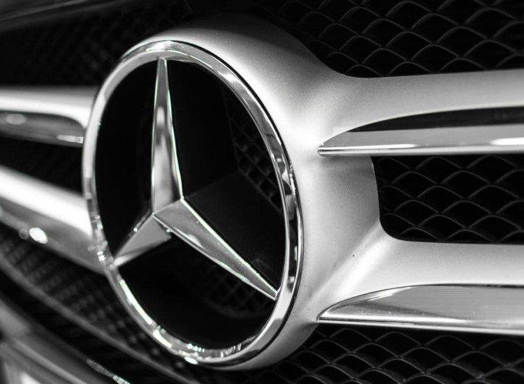Автомобили и транспорт-Фототапет Мерцедес