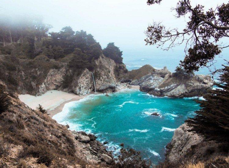 Пейзажи и природа-Фототапет Водопад в Калифорния