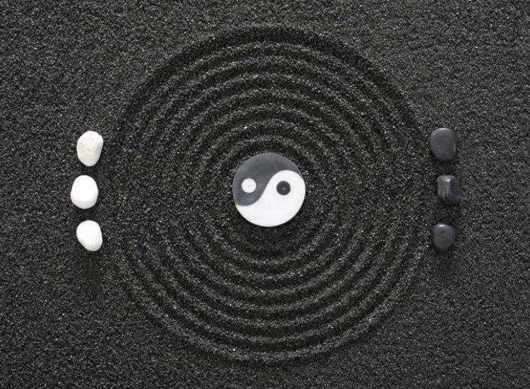 Черно-бели фототапети-Фототапет Ин и Ян