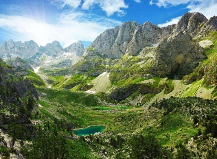 Пейзажи и природа-Фототапет Изглед към езерата