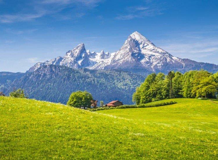 Пейзажи и природа-Фототапет Къща в Бавария