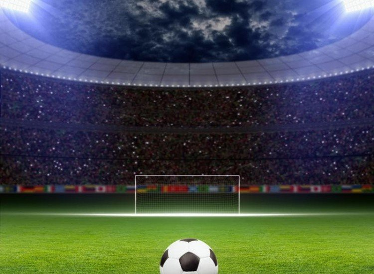 Спортни-Фототапет Футболна топка на зелен стадион