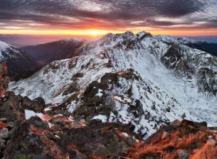 Пейзажи и природа-Фототапет Зимен планински пейзаж в Словакия
